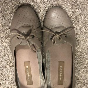 Easy Spirit size 8.5 gray loafers, VGUC